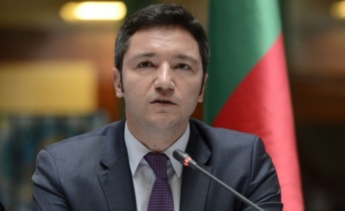 Избирането на Могерини за външен министър на ЕС е личен провал на Плевнелиев